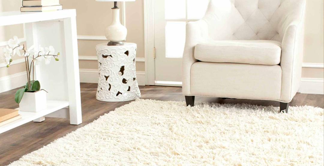 Химчистка мебели и ковровых покрытий от компании «Клин-Эскорт»