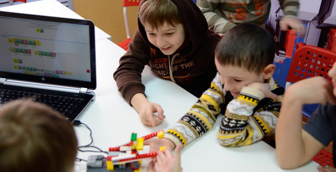 Абонемент по робототехнике для детей в центре «Умник»