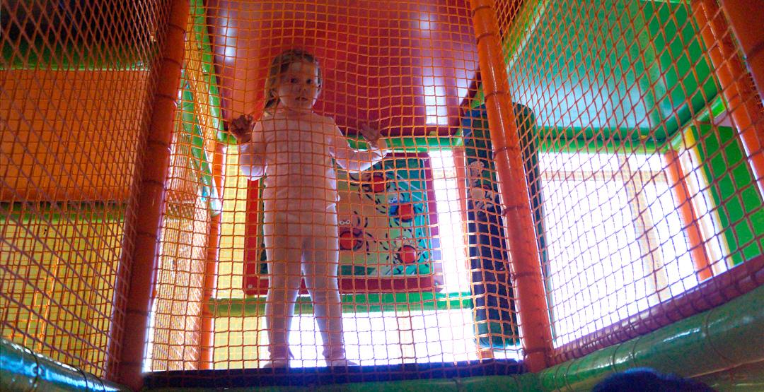 1 час Детского лабиринта по цене 30 минут РЦ «Маракана»