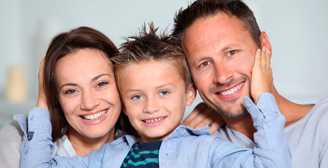Семейная стрижка «Мама+папа+ребёнок» от парикмахерской «Преображение»