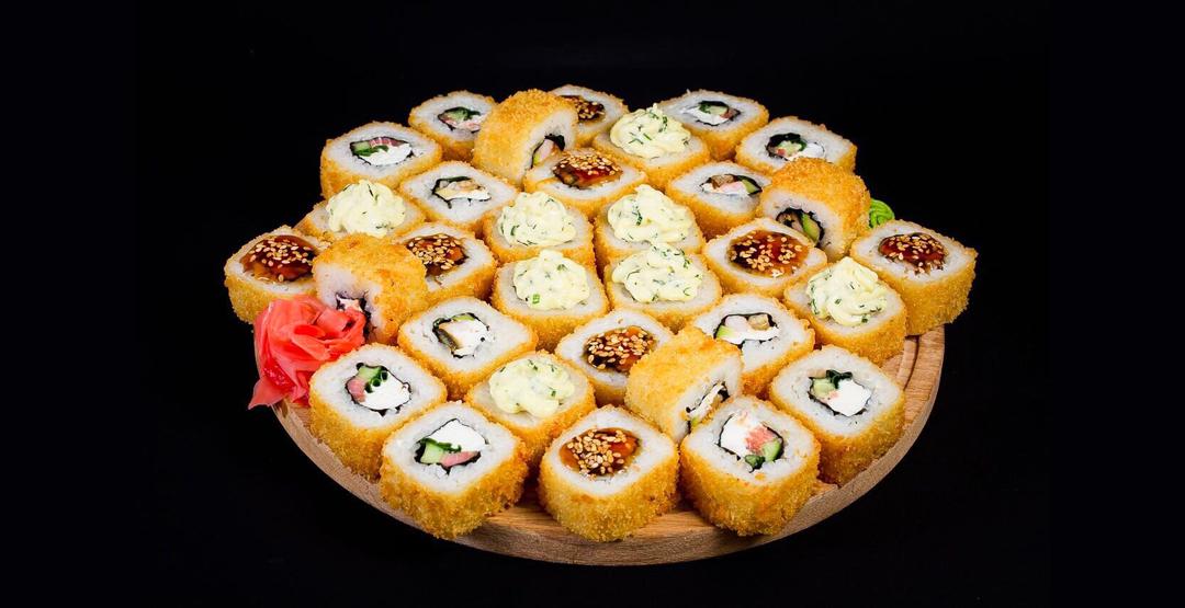 Сет «Горячий микс» от службы доставки «Sushi-master»
