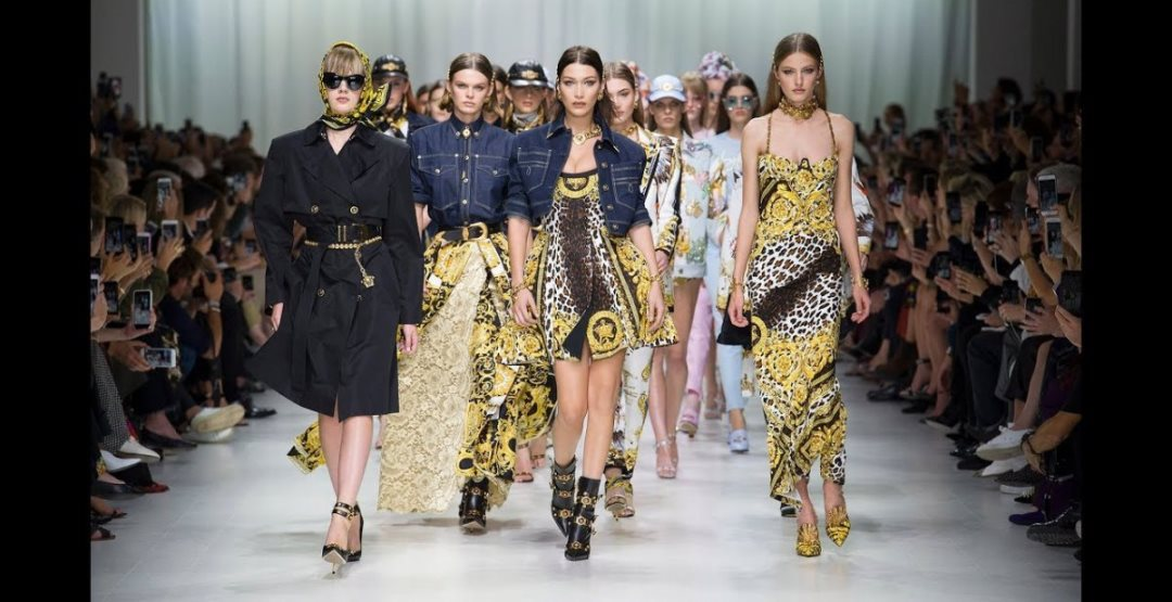 "Показ мод ""Kurgan Fashion Day"" в КВЦ"