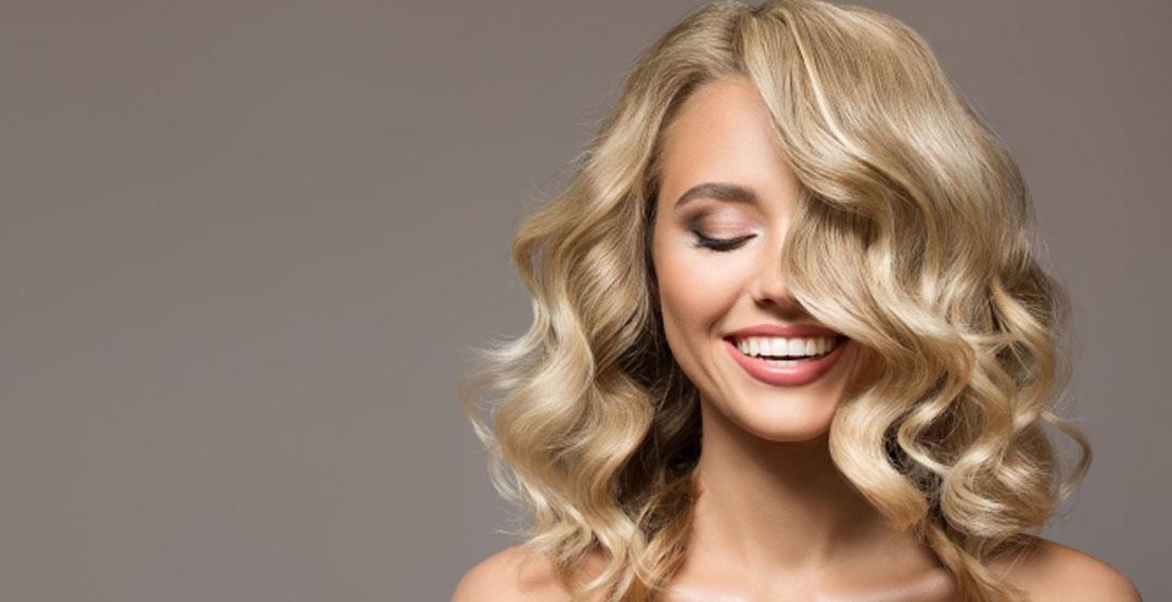 Локоны на среднюю длину волос  от салона красоты «XXI век»