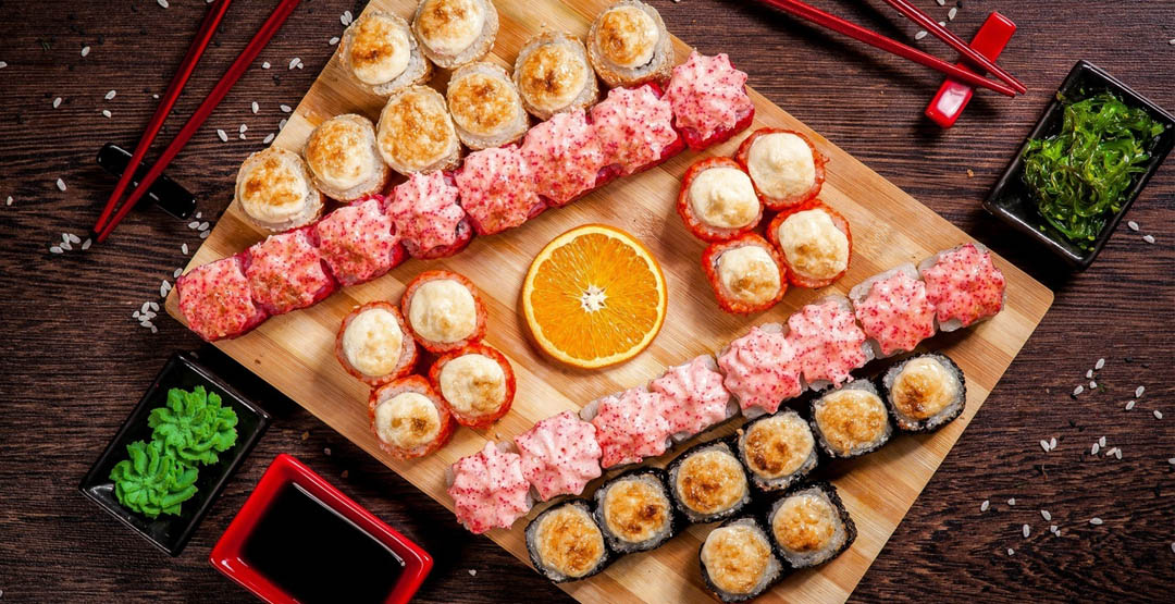Запеченный Сет «Селия» 1,2 кг 40 кусочков от компании «Апельсин» + апельсин в подарок