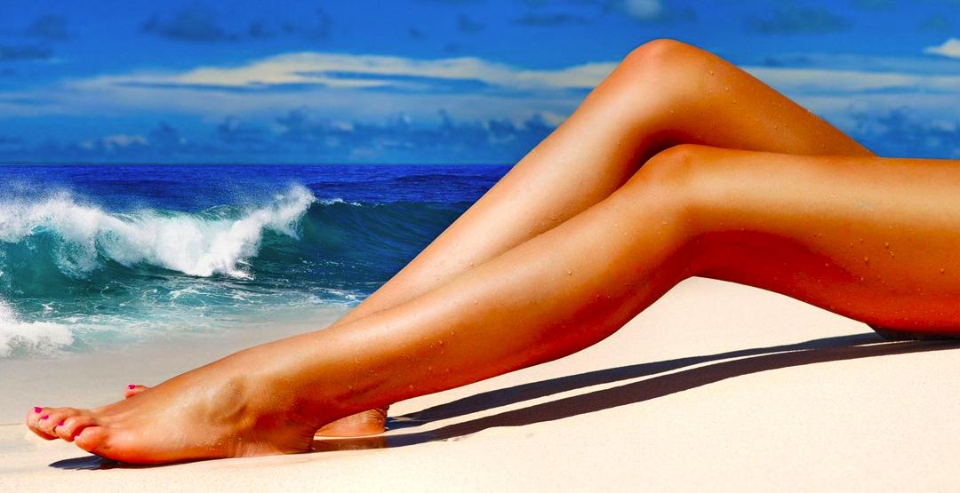Шугаринг (ноги до колена) от салона красоты «Зазеркалье»