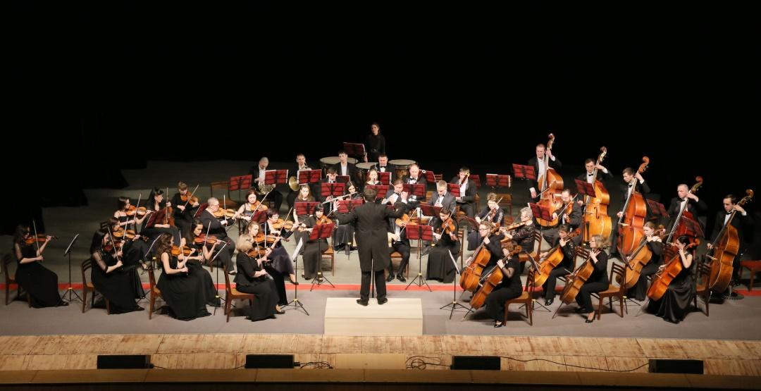 Концерт Зауральского симфонического оркестра. Солист П.Кушнир (фортепиано) в Филармонии